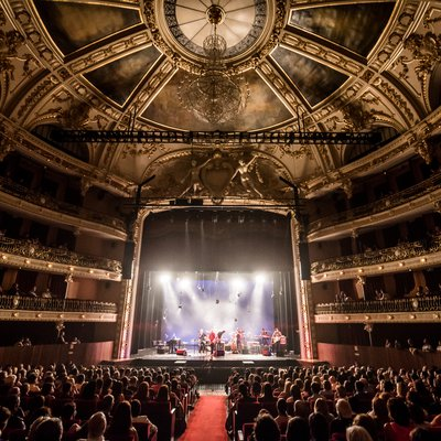 Dança, poesia, música e performance nos 105 anos do Theatro Circo